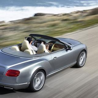 Bentley i Dakar