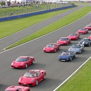 Ferrari Enzo-ersättare fotad