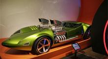 Och tuffast av allt: modellbilen som blev verklighet. Twin Mill med dubbla V8-motorer är körbar och lär ha smattrat runt i Hollywood innan den hamnade på museet.