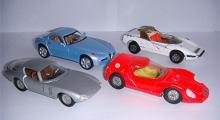 Silver: Alfa Romeo Canguro (Politoys). Röd: Osi Scarabeo (Dinky Toys). Blå: Nuvola (Solido). Vit: P33 Pininfarina (Corgi Toys).