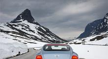GT Speed har 50 hästkrafter högre effekt, stramare framhjulsupphängningar och ännu fläskigare däck än vanliga Continental GT.