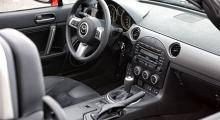 Mazda MX-5 bekänner färg