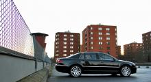 VW Phaeton: Lättlyft lyxlimpa
