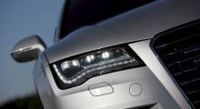 2010 års argaste uppsyn kostar i LED-utförande 21 900 kronor ytterligare.