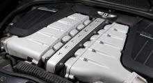 Outsinlig och närmast obeskrivlig kraft ur maskinrummet. W12-motorn har dessutom visat sig vara driftsäker – lyckligtvis.