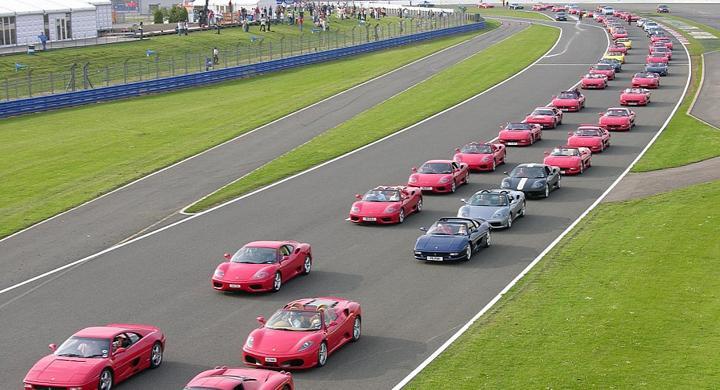 600 Ferraribilar ska delta i parad