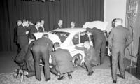 Plats 10: VW 411, en bil som orsakade upplopp i kostymkollektivet.